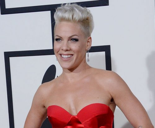 Pink says Christina Aguilera feud is over: 'We've made amends'