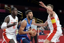 U.S. men's basketball team advances to semifinals with win over Spain