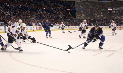 NHL: St. Louis 4, Chicago 2