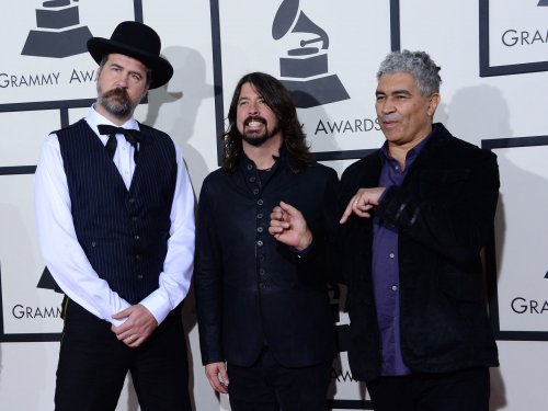 Dave Grohl says his reconciliatory hug with Courtney Love 'was beautiful'