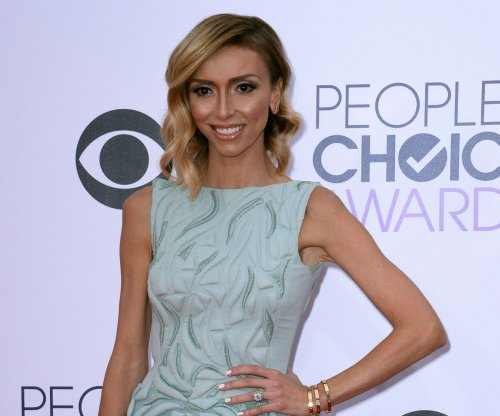 Giuliana Rancic says ex Jerry O'Connell cheated with Ginger Spice
