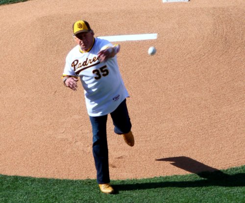 Former San Diego Padres pitcher Randy Jones has throat cancer