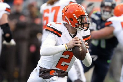 June Jones: Johnny Manziel should be playing in NFL