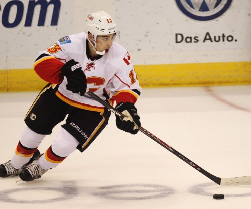 Calgary Flames try not to look past lowly Phoenix Coyotes