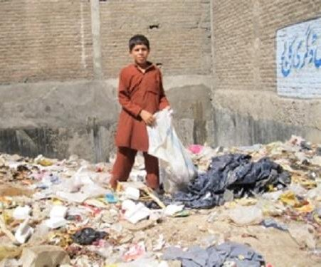 Poverty keeps many Peshawar kids from school