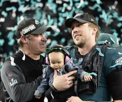Doug Pederson praises selfless attitude of Nick Foles, Eagles in Super Bowl win