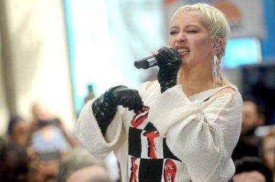 Christina Aguilera to headline 'Dick Clark's New Year's Rockin' Eve'