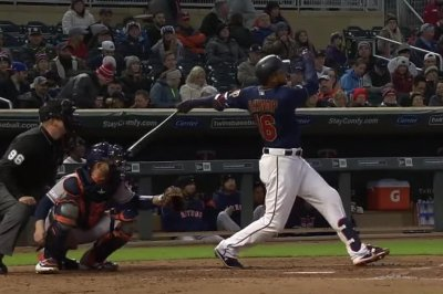 Twins' Jonathan Schoop slugs 465-foot homer into third deck at Target Field