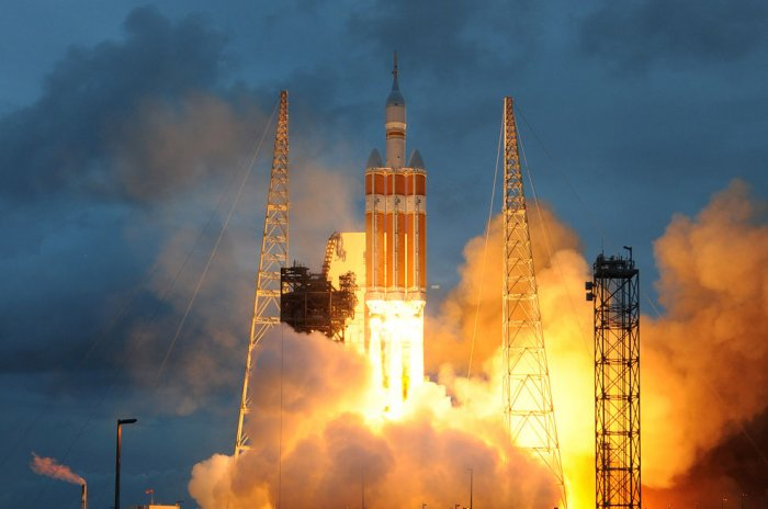 On This Day: NASA test launches Orion spacecraft