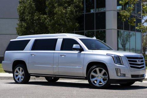Buccaneers QB Tom Brady selling customized Cadillac Escalade for $300K