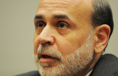 Bernanke pitches for strong Fed