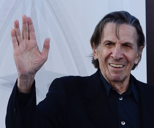 Leonard Nimoy hospitalized with chest pains