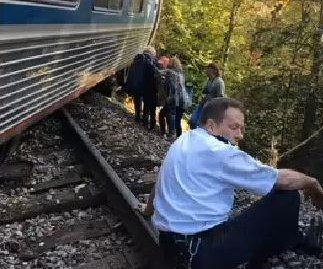Seven hurt, one seriously, after Amtrak train accident in Vermont