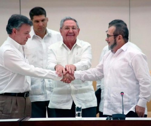 Colombian president rejects FARC peace negotiation extension