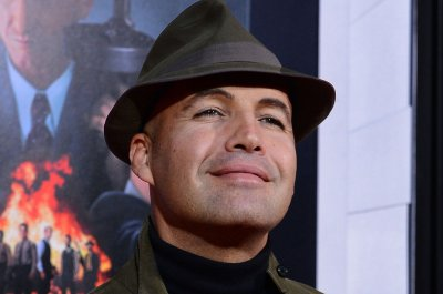 Billy Zane wishes Cal and Rose had reconciled in 'Titanic'