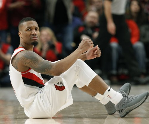 Damian Lillard scorches Warriors for Blazers' record 61 points