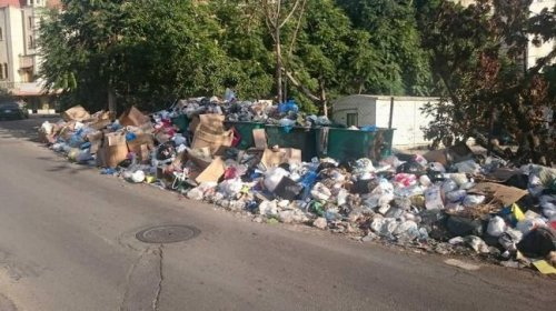 Beirut readies for more protest over garbage pile-up