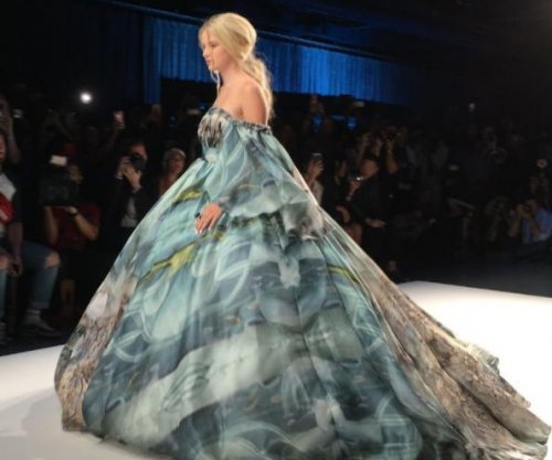 Kelsey Grammer's daughter Mason walks at New York Fashion Week