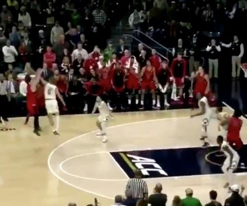 Ball State upsets No. 8 Notre Dame on late 3-pointer