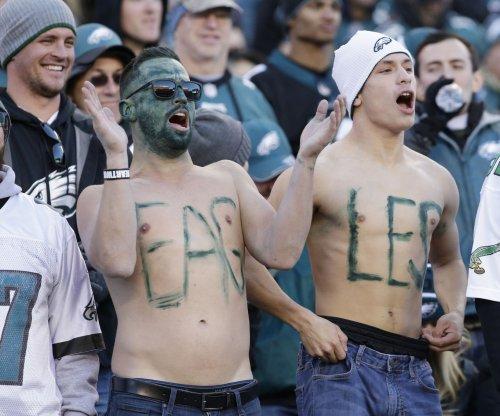 Philadelphia Eagles will play starters vs. Dallas Cowboys
