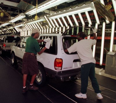 Ford looks to cut 4,200 more jobs