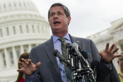Vitter calls for ethics probe of Reid, Boxer, claims 'bribery'