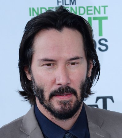 Keanu Reeves cast as lead in sci-fi thriller 'Replicas'