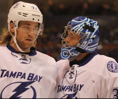Tampa Bay Lightning top New York Islanders in OT, take command