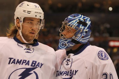 Tampa Bay Lightning top New York Islanders in OT, take command