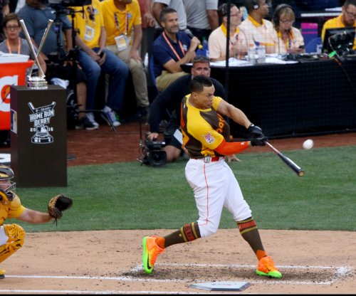 Miami Marlins' Giancarlo Stanton belts record 61 homers to win Home Run Derby