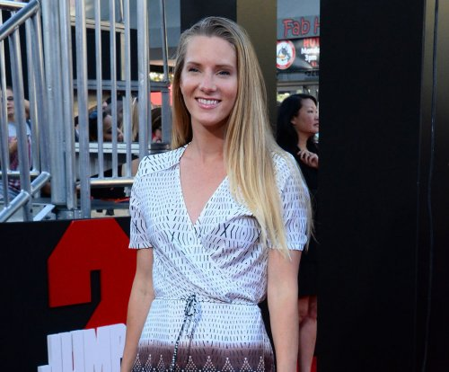 'Dancing with the Stars:' Heather Morris gets the boot after perfect score
