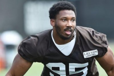 Cleveland Browns' Myles Garrett (foot) expected to be ready for training camp