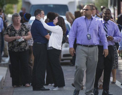 Gunman, 12 others dead in D.C. Navy Yard shooting rampage