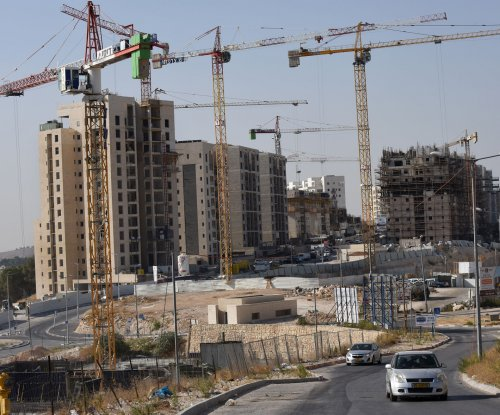 White House: Israel settlement expansion 'serious threat' to 2-state solution