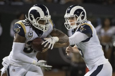 Rams' Todd Gurley tabbed as NFC Offensive Player of Week