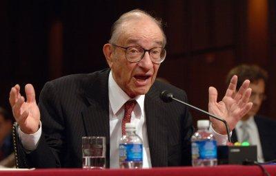 Greenspan: U.S. suffering 'credit tsunami'