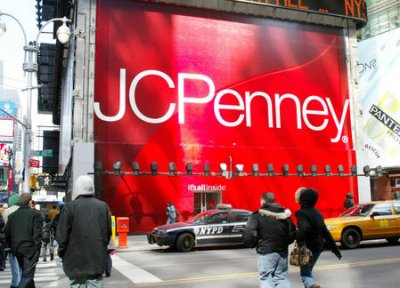 JCPenney shows poor earnings but prepares for strong holiday season