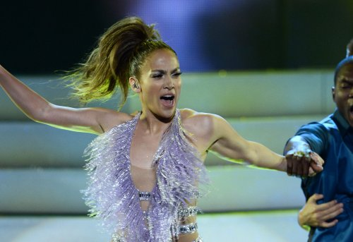 Jennifer Lopez helped Leah Remini after scientology exit