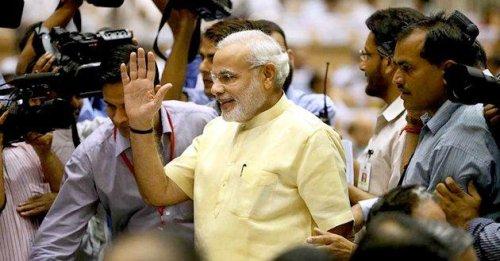 India's Narendra Modi invites Pakistani PM Nawaz Sharif for his inauguration