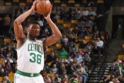 Good Knight: Brandon's 26 lifts Milwaukee Bucks over Boston Celtics