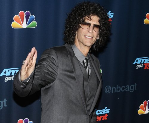 Howard Stern apologizes to Adam Sandler, ends feud