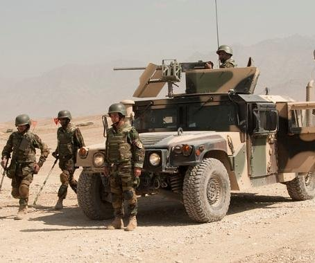 Heavy fighting as Taliban enters besieged Tarin Kot, Afghanistan