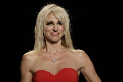 Debbie Gibson second celeb sent home from 'Dancing with the Stars' Season 25