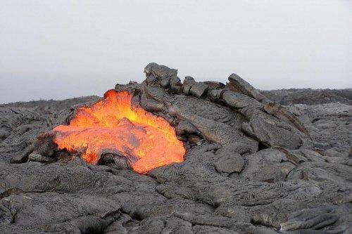 Nanocrystals can trigger explosive volcanic eruptions