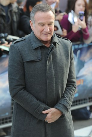 Robin Williams to star in pilot for CBS workplace comedy