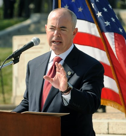 Obama's pick for No. 2 at Homeland Security probed