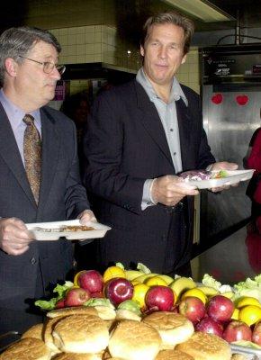School debit accounts influence student food choices