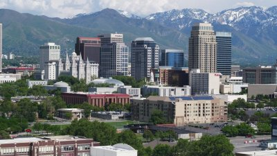 Magnitude-5.7 earthquake shakes Salt Lake City