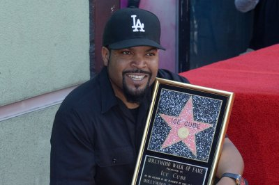Ice Cube talks writing his first rap on 'Late Night'
