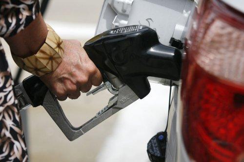 Crude oil rally falters